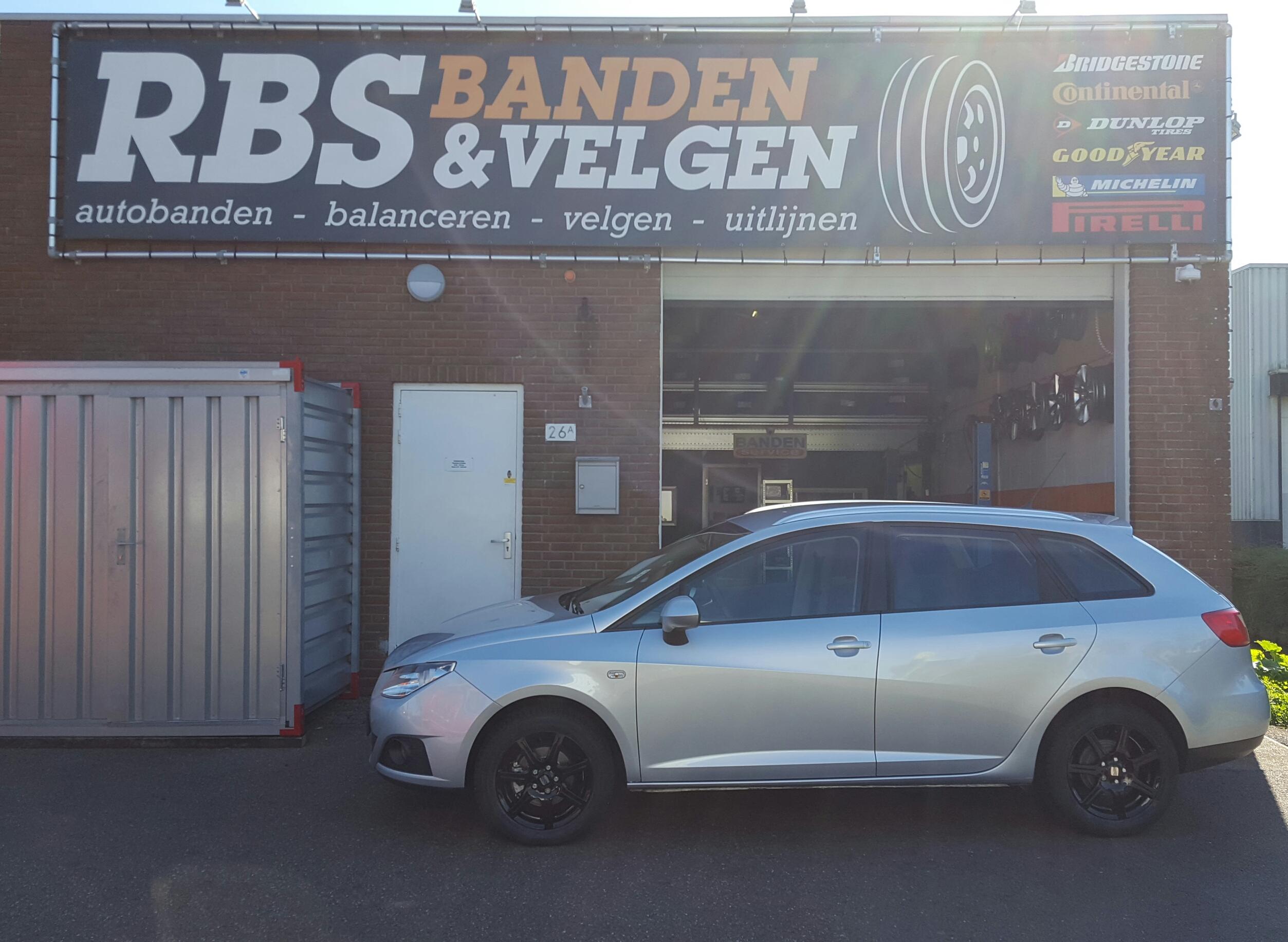 15 Interaction Sirius Zwart Seat Ibiza Rbs Banden Velgen