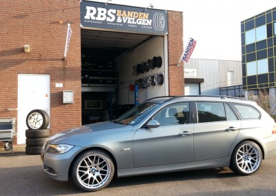 BMW 325i touring 19breedset CLS