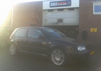 VW Golf 4 17'' RS4