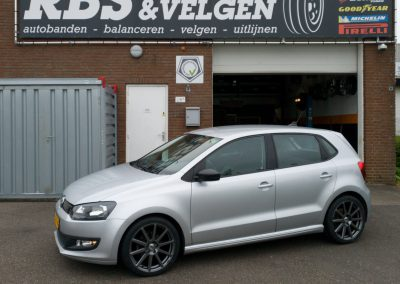 VW Polo 17inch AEZ straight dark