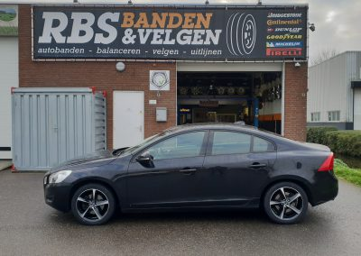 Volvo S60 met 17 inch InterAction Tornado